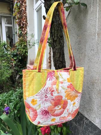 Lila-Laune-Tasche Flower Power
