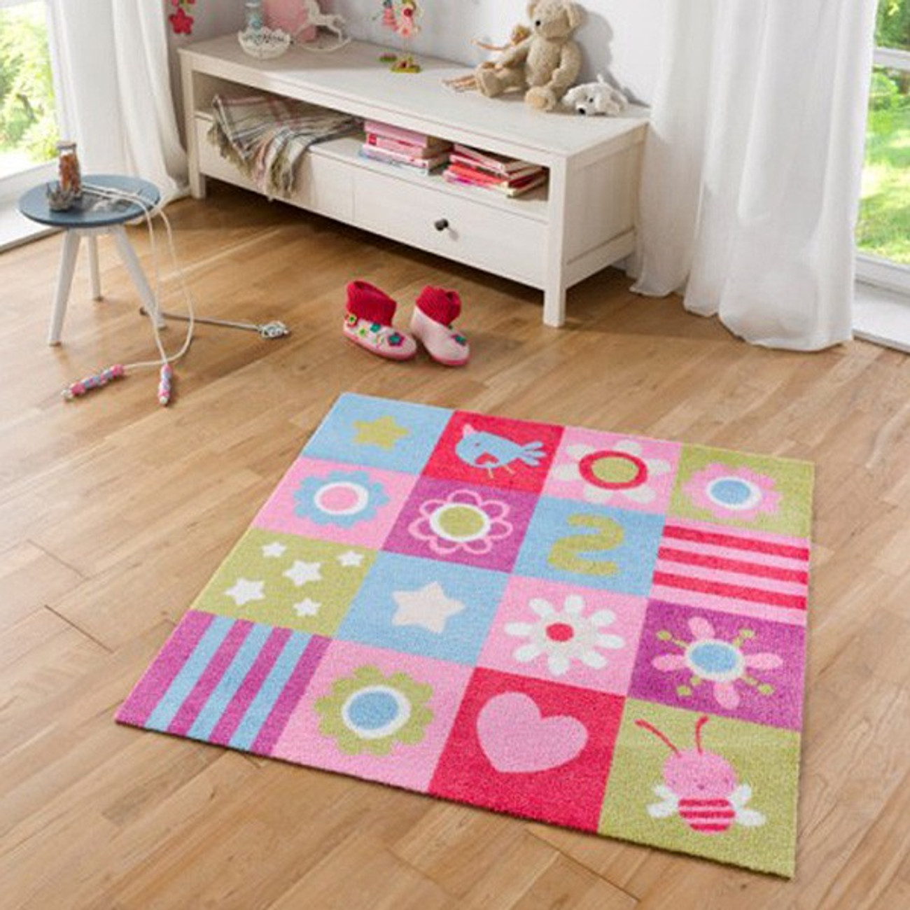 kurzflor kinderteppich softvelours flower patchwork 100x100 cm 4260425281583 ebay. Black Bedroom Furniture Sets. Home Design Ideas