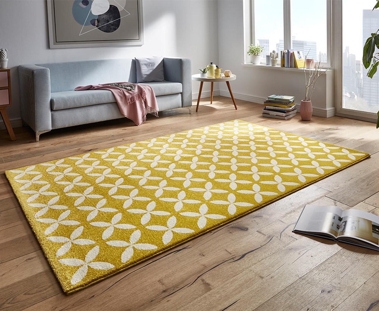 design velours teppich cross gelb. Black Bedroom Furniture Sets. Home Design Ideas