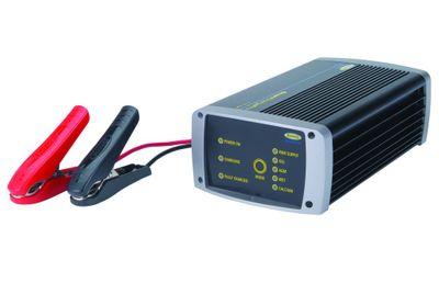 12V 10A Smart Charge Pro - volldigitales Batterieladegerät von Ring Automotive RSCPR10