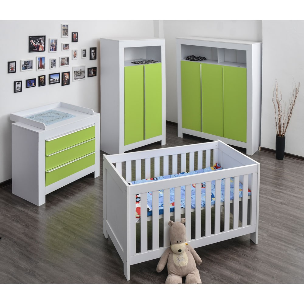 babyzimmer felix mit 2 t rigem kleiderschrank in weiss mit gr nen schrankt rfronten baby m bel. Black Bedroom Furniture Sets. Home Design Ideas