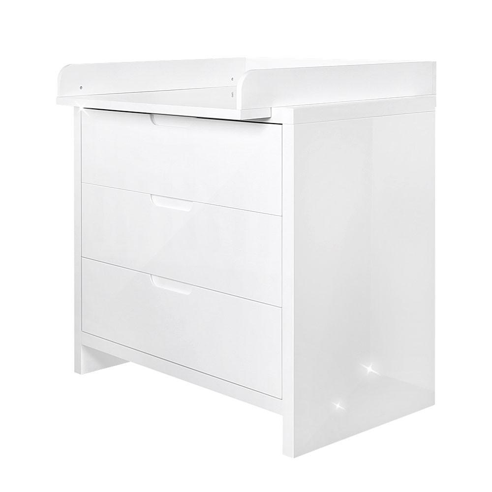 hochglanz babyzimmer 5 tlg luiy in weis mit 2 t rigem. Black Bedroom Furniture Sets. Home Design Ideas
