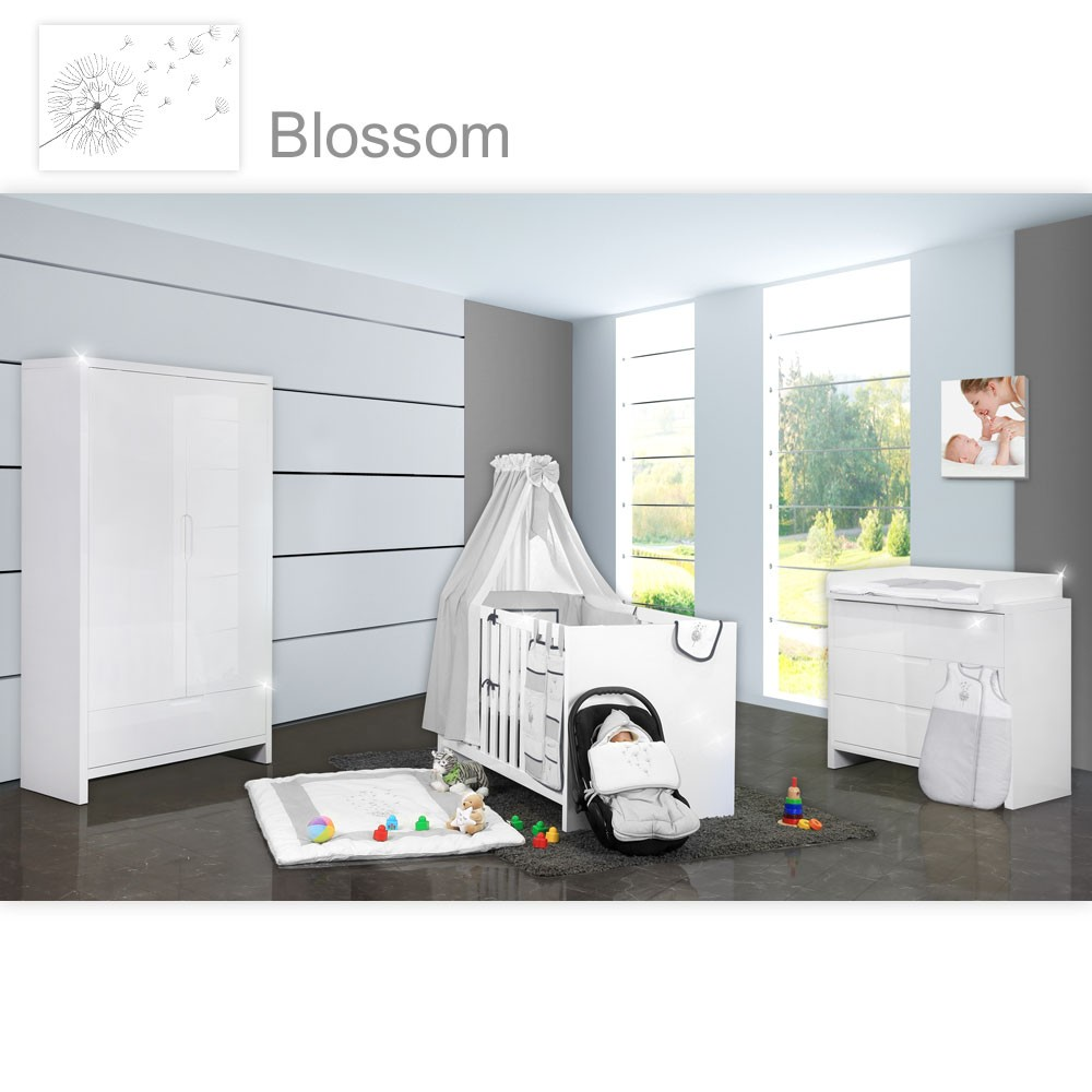 babyzimmer luiy hochglanz 22 tlg mit 2 t rigem kl blossom wei grau baby m bel babyzimmer. Black Bedroom Furniture Sets. Home Design Ideas