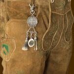 Charivari-Anhänger Leo (antik-silber-farben)