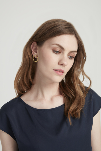 Simple Circle Earrings Brass – Bild 2