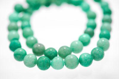 46 türkisblaue Amazonit Perlen (synthetisch) auf Strang, 8 mm