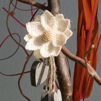 10 Blüten aus Jute  60mm – Bild 2