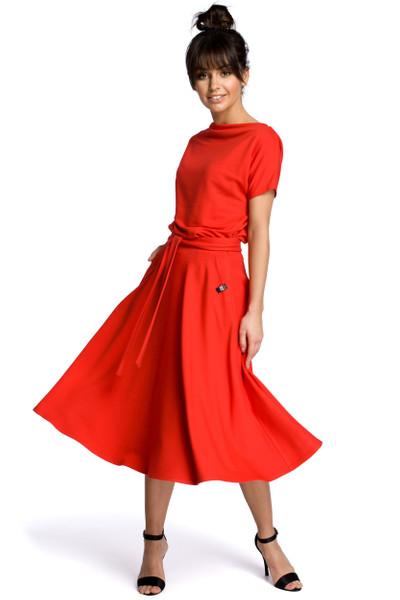 Clea Kleid mit einem ausgestellten Boden