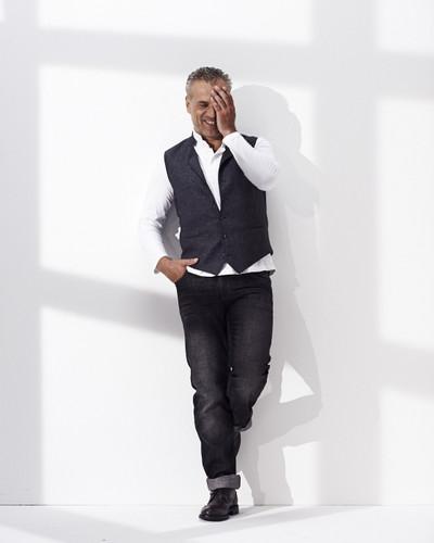 Jeans Balos, anthra, mit Kontrastnähten