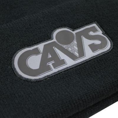 Mitchell & Ness Beanie Wintermütze CLEVELAND CAVALIERS reflective black onesize – Bild 2