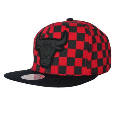M&N NBA Basecap Chicago Bulls B&R Crown black red Snapback – Bild 1
