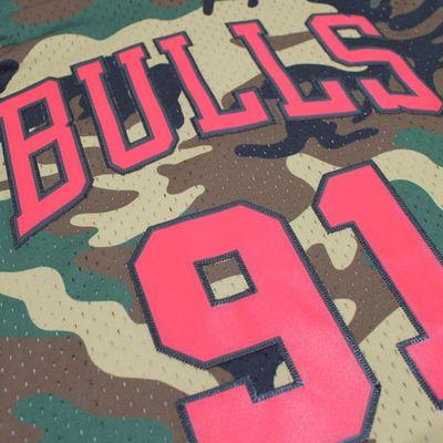 M&N Swingman Jersey DENNIS RODMAN Chicago Bulls 97-98 NBA Trikot camo – Bild 2