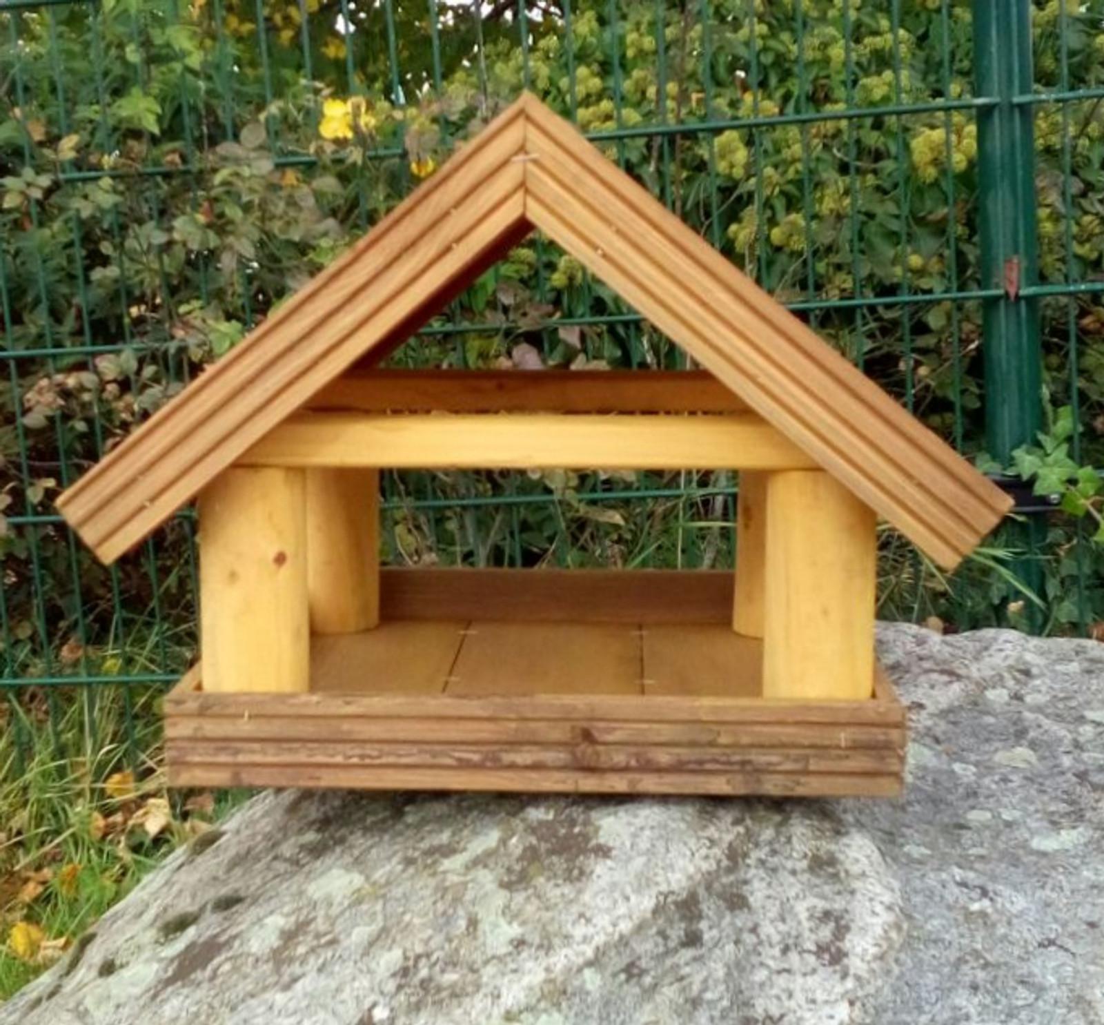 Vogelhäuser aus naturbelassenem Echtholz – Bild 2