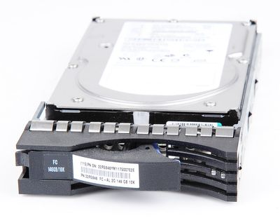 "IBM 146 GB 2 Gbit/s 10K FC 3.5"" Hot Swap Hard Drive - 22R5946"
