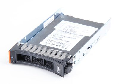 "IBM 128 GB 6G SATA SSD 2.5"" Hot Swap Festplatte / Hard Disk - 90Y8649"