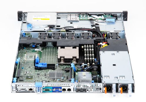 DELL PowerEdge R320 Server Intel Xeon E5-2403 Quad Core 1.8 GHz, 16 GB DDR3 RAM, 2x 2000 GB SAS 7.2K – Bild 6