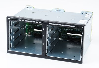 HP 8x SFF HDD Drive Cage mit SAS-Backplane - ProLiant DL380p Gen8 - 670943-001