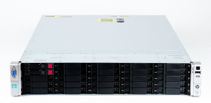 HP ProLiant DL380p Gen8 Storage Server 2x Xeon E5-2637 Dual Core 3.00 GHz, 16 GB DDR3 RAM, 2x 300 GB SAS 10K – Bild 2