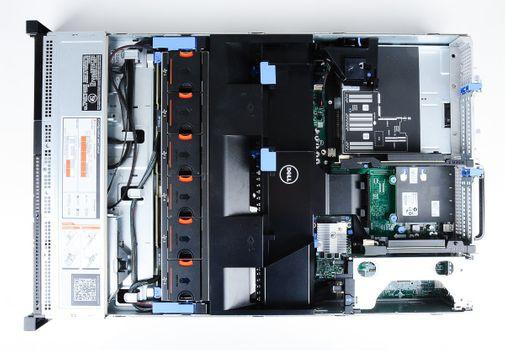 DELL PowerEdge R720 Server 2x Xeon E5-2690 8-Core 2.90 GHz, 16 GB DDR3 RAM, 2x 1000 GB SAS 7.2K – Bild 7