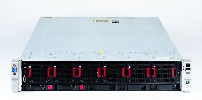 HP ProLiant DL560 Gen8 Server 4x Xeon E5-4650 8-Core 2.70 GHz, 16 GB DDR3 RAM, 2x 300 GB SAS 10K – Bild 2