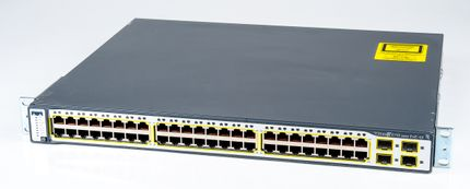 Cisco Catalyst 3750 Rackmount Switch 48x 10/100 Mbit/s RJ45 Ports, 4x SFP Slots - WS-C3750-48PS-S