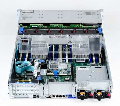 HPE ProLiant DL380 Gen9 Server 2x Xeon E5-2623v3 Quad Core 3.00 GHz, 16 GB DDR4 RAM, 2x 1000 GB SAS 7.2K – Bild 6