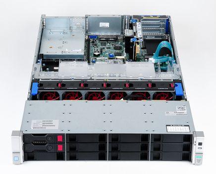 HPE ProLiant DL380 Gen9 Server 2x Xeon E5-2630Lv3 8-Core 1.80 GHz, 16 GB DDR4 RAM, 2x 1000 GB SAS 7.2K – Bild 3