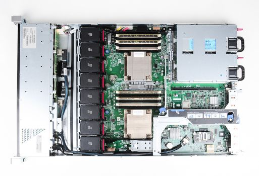HP ProLiant DL360e Gen8 Server 2x Xeon E5-2450L 8-Core 1.80 GHz, 16 GB DDR3 RAM, 2x 300 GB SAS 10K – Bild 8
