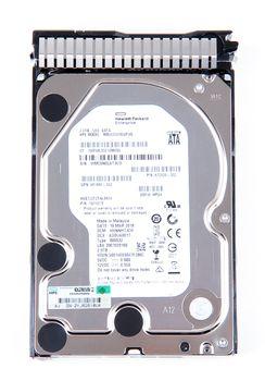 "HPE 2TB 6G 7.2K SATA 3.5"" LFF Hot Swap Festplatte / Hard Disk with Smart Carrier - 872771-001 / 872489R-B21 – Bild 6"