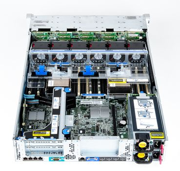 HP ProLiant DL380p Gen8 Storage Server 2x Xeon E5-2630L Six Core 2.00 GHz, 16 GB DDR3 RAM, 2x 300 GB SAS 10K – Bild 8