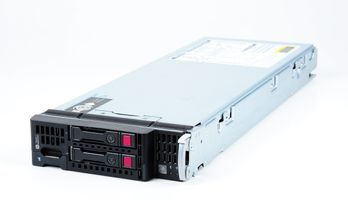 HP ProLiant BL460c Gen9 V3 Server Blade 2x Xeon E5-2650v3 10-Core 2.30 GHz, 16 GB DDR4 RAM, 2x 300 GB SAS 10K