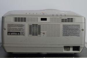 Sanyo PLC-XF31NL – Bild 7