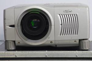 Sanyo PLC-XF31NL – Bild 3