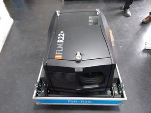 Barco FLM R22+ – image 3