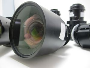 Sanyo LNS-W51Lens Short Throw DLP 1.2-1.5:1 – image 3