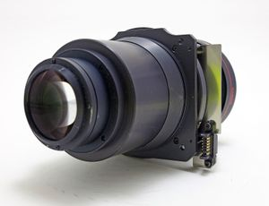 Barco TLD-HB 2.8-5.0:1 Tele Zoom Projector Lens – image 4
