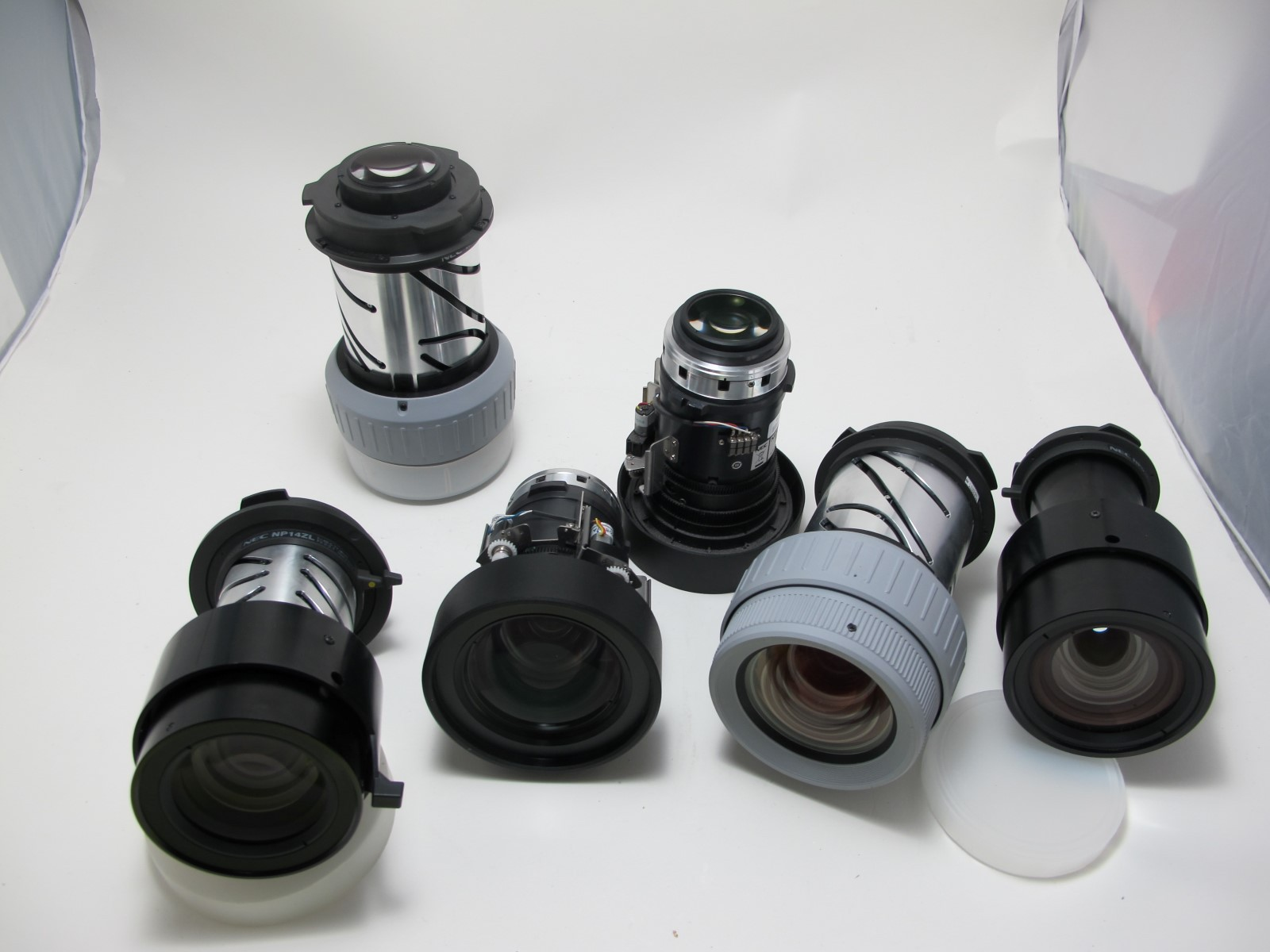 NEC-Objektiv--10--Standard-1-54-2-05-reb