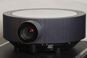Sony VPL-FH300L – image 1