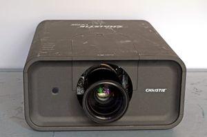 Christie LX700 – image 3