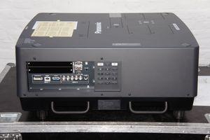 Panasonic PT-EX16K – image 4