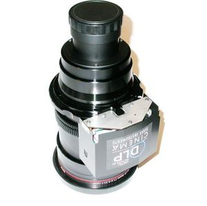 "Barco 0.98"" DC2K 2.4-3.9 Lens Medium Throw Zoom"