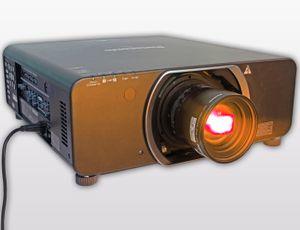 Panasonic PT DZ13K Projektor Full HD 3D – Bild 1