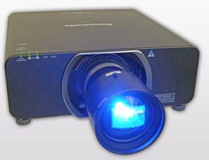 Panasonic PT DZ13K Projektor Full HD 3D – Bild 3