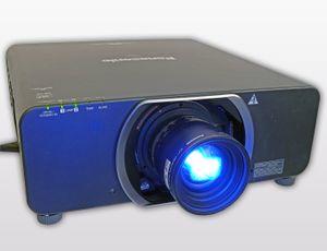Panasonic PT DZ13K Projektor Full HD 3D – Bild 12