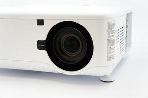 NEC NP4100 – image 2