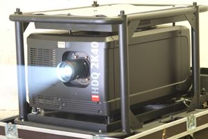 Barco HDQ-2K40 – image 1