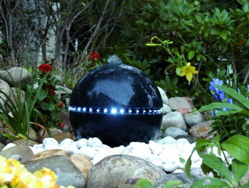 Ubbink® Wasserspiel Dubai   Terrazzo Kugel Mit Umlaufender LED Beleuchtung  Gartenbrunnen