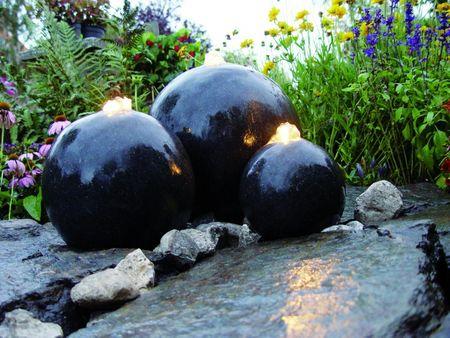 Ubbink® Wasserspiel London - 3 Terrazzo-Kugeln mit LED Beleuchtung  Komplettset, anschlussfertig