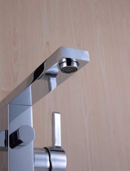 robinet mitigeur de luxe sur pied pour baignoire lot 1521 le monde de la salle de bain. Black Bedroom Furniture Sets. Home Design Ideas