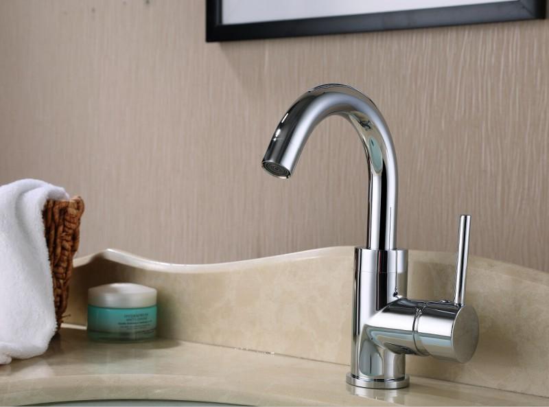 Miscelatore per bagno c in cromo boutique bagno bernstein